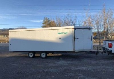 1997 Charmac 4- Place-Enclosed -V-Nose-Trailer