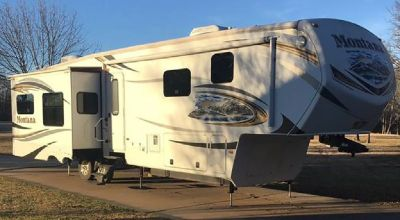 By Owner! 2014 40 ft. Keystone Montana 3900FB w/3 slides