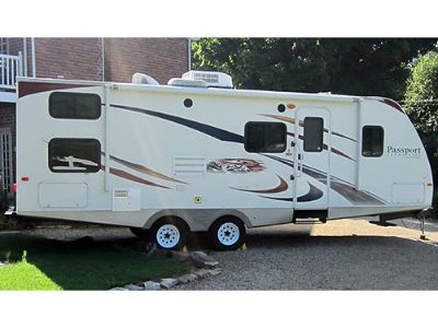 2010 KEYSTONE PASSPORT GRAND TOURING MODEL #2590BH, ...
