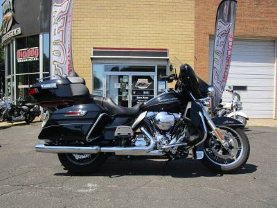 2016 Harley-Davidson Ultra Limited Touring Motorcycles South Saint Paul, MN