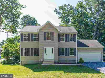 12526 Catalina Dr LUSBY Four BR, This beautiful colonial home