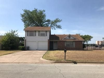 3 Bed 2 Bath Preforeclosure Property in Fort Worth, TX 76119 - Centennial Rd