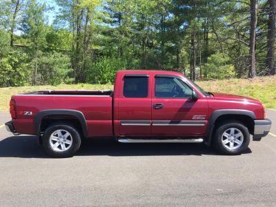 2005 Chevrolet Silverado 1500 Work Truck (Sport Red Metallic)
