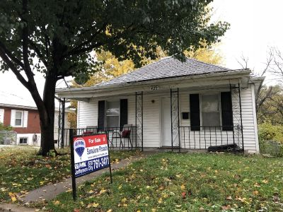 ADORABLE AND AFFORDABLE $39,900 SaraJune Re/Max JC 573-761-3411