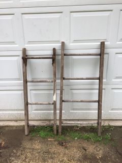 Sturdy wooden ladders(price is for each)