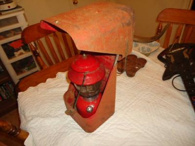 Vintage 1969 Coleman Lantern 200A195 With Steel Clamshell Case