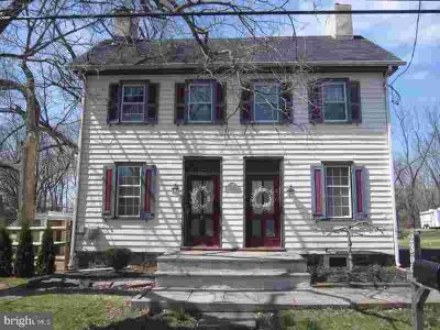2366 2nd Street Pike NEWTOWN Three BR, Come see this 200-year-old