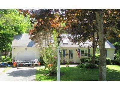 3 Bed 3 Bath Foreclosure Property in Osterville, MA 02655 - Concord Ln
