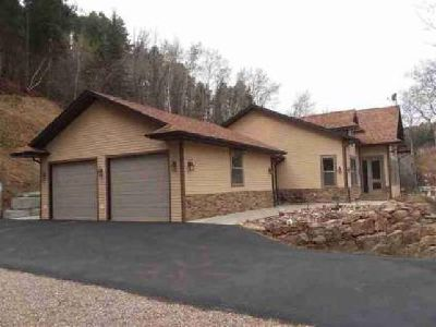 1 Railroad Avenue Deadwood Three BR, Downtown Vacation Rental