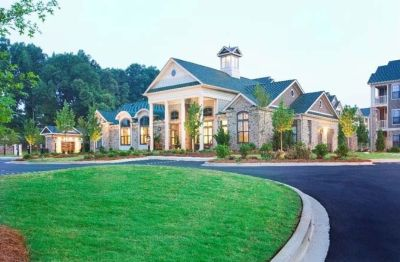 $778, 1br, 1 bd/1 bath Located in Simpsonville, South Carolina, just on the outskirts of Greenville and off...