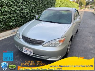 2003 Toyota Camry LE (gray)