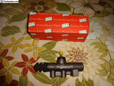 VW NOS German Clutch Master Cylinder Vanagon