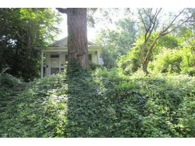 Preforeclosure Property in Louisville, KY 40215 - Bellevue Ave