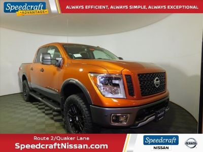 2019 Nissan Titan (Moab Sunset Metallic)