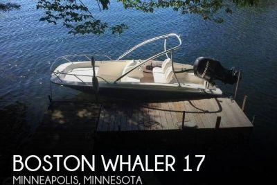 2012 Boston Whaler 17