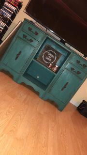 Rustic entertainment center / Tv Stand