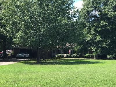 Preforeclosure Property in Hartwell, GA 30643 - Beacon Light Rd