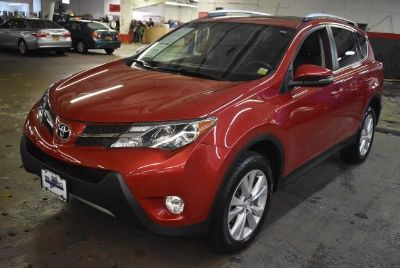 2015 Toyota RAV4 Limited (Barcelona Red Metallic)