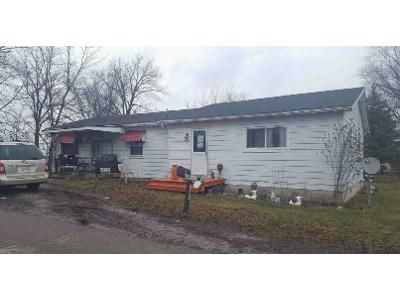 2 Bed 1 Bath Foreclosure Property in Mount Sterling, OH 43143 - High St