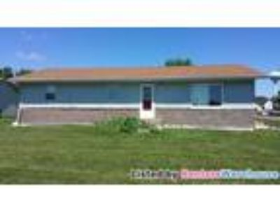 Newly Remodeled Five BR / Two BA Home In Mapleton