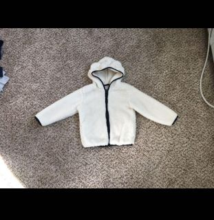 Gymboree Super Soft & Thick Hoodie/Jacket. Size 3t. Washed, Never Worn.