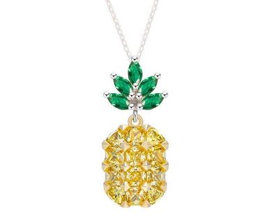 New - Pineapple Necklace