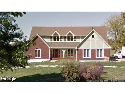 4 Bed 3 Bath Foreclosure Property in Raymore, MO 64083 - Sandpiper St