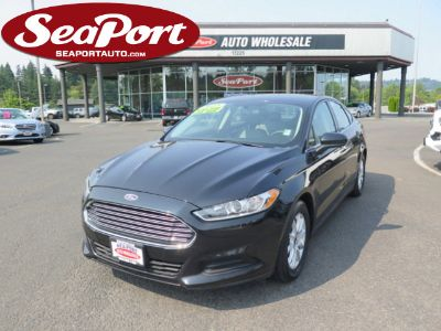 2015 Ford Fusion S (Black)
