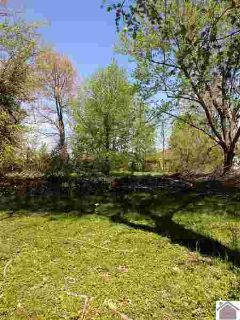 308 W 6 th Benton, A city of lot 50'x255'. Seller wants an