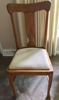 OAK CHAIR WITH BEIGE PADDED SEAT