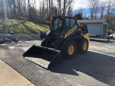 2015 NEW HOLLAND L228 T4-B 29 HOURS VERTICAL LIFT LOADER PACKAGE SKID STEERS