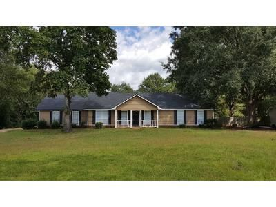 3 Bed 2 Bath Preforeclosure Property in Albany, GA 31721 - Weymouth Dr