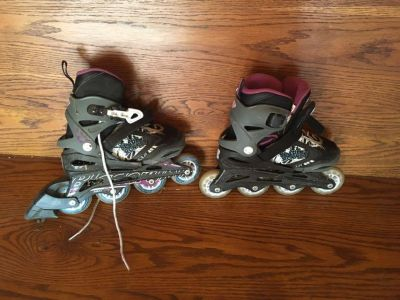 Girls Roller Blades-Size adjusts from 1-4