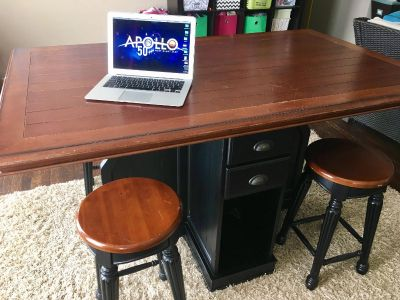 5-pc. Pub table Counter-Height Dining Set w/ 4 stools $250