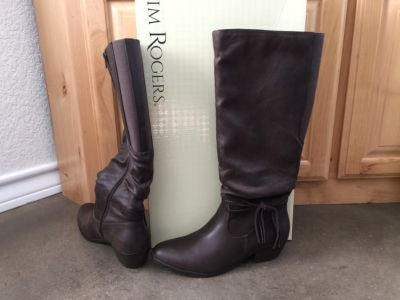 LADIES BOOTS (2 pair)