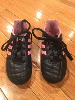 Pink Soccer Cleats (Size 12)