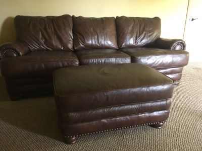 Gorgeous Lane Oversized Leather Couch w/Ottoman!