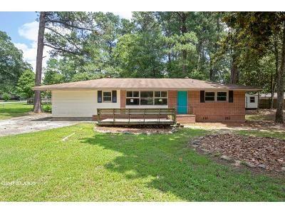 3 Bed 3 Bath Foreclosure Property in Columbus, GA 31909 - Ventura Dr
