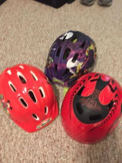3 bike helmets 1$ each