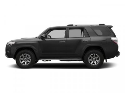 2018 Toyota 4Runner SR5 (Magnetic Gray Metallic)