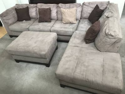 2pc Brown Sectional Sofa with Ottoman