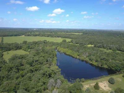 101 US Hwy 79 Buffalo, This gorgeous recreational property