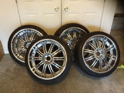 $1,000 22s TIS07 Chrome Rims Tires x4