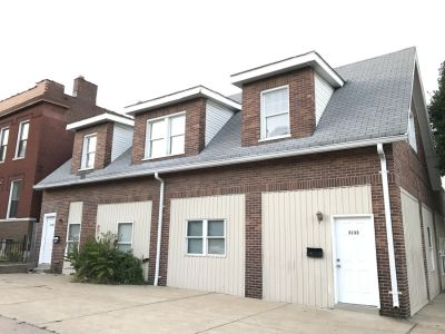 Tower Grove East 1bd/1ba with Bonus Rooms, Close to Everything!
