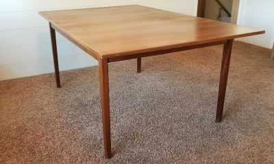 Wood dining table with leaf & 6 chairs