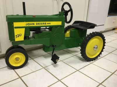 John Deere collectible pedal tractor