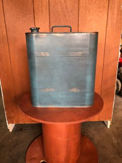 Antique gas can (never used)