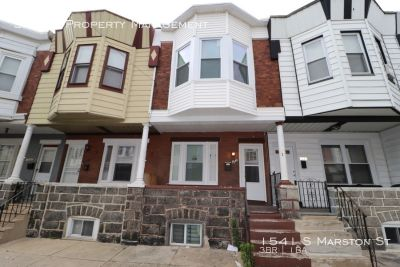 Come check out this updated 3 bedroom house in Grays Ferry area!!
