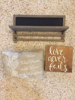 Bundle of farmhouse decor!! PPU in pace near berryhill and five points