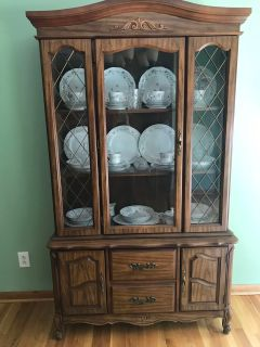 Table, China cabinet, & 6 chairs